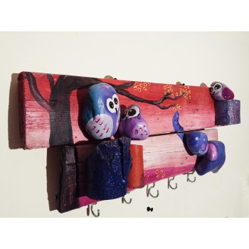 Pebbles & drift wood artwork - elephant design